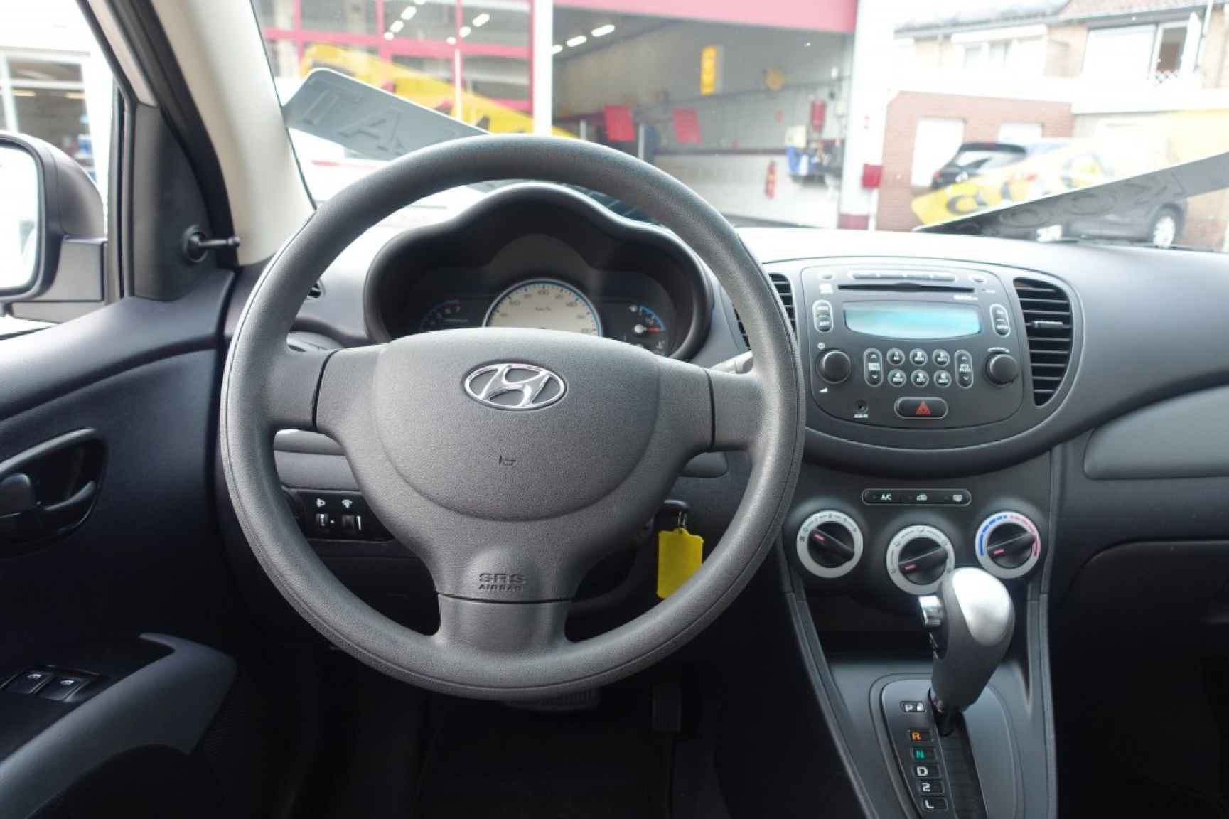 Hyundai-I10-16